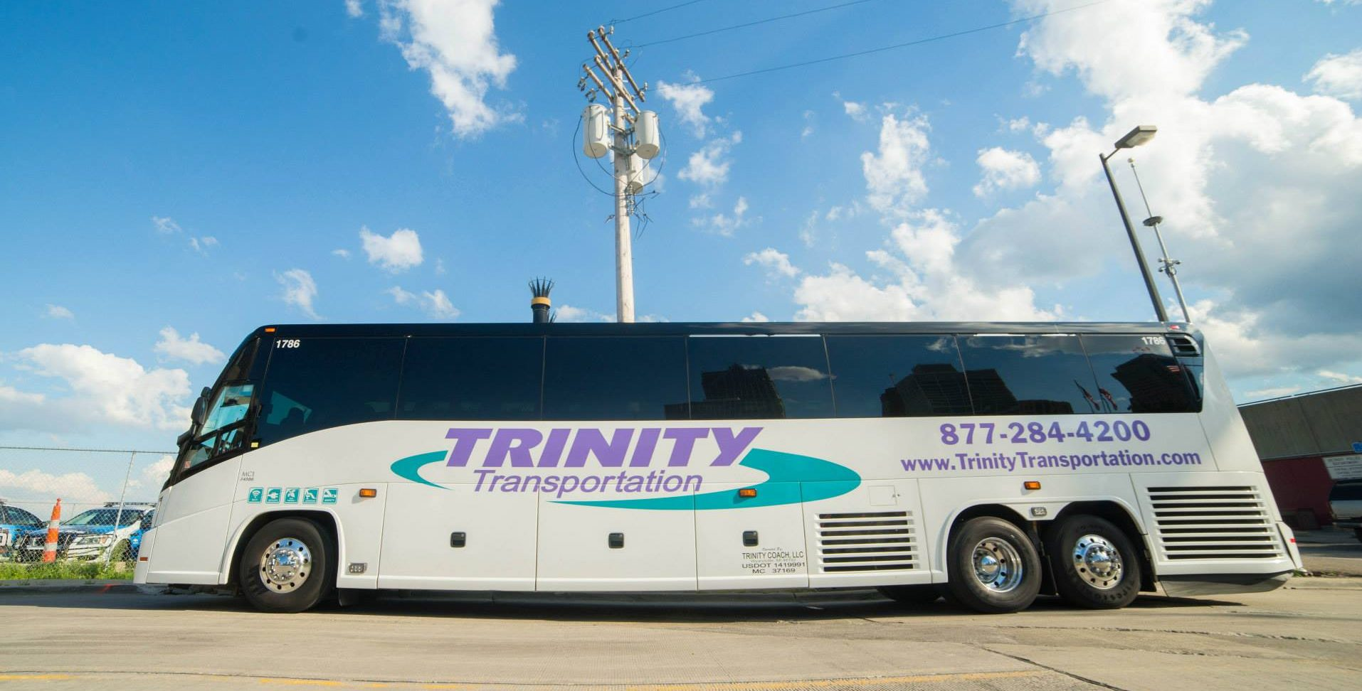 Motor coach 2 trinity transportation for Motor coaches with 2 bedrooms
